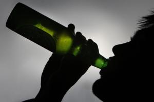 Какие симптомы пробуждает алкоголь при псориазе