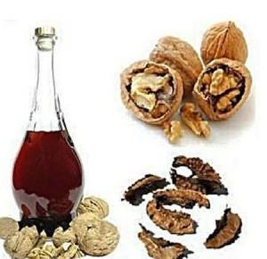 Спиртовая настойка из перегородок ореха