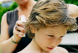 Аэрозоли и спреи для лечения вшей